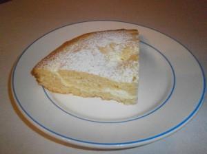 Plněný tvarohový koláč