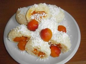 Kynuté ovocné knedlíky