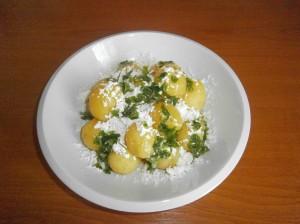 Vařené brambory s tvarohem