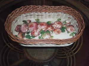 Košíček s růžičkami