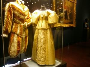 kostým a šaty Vincence a Wilhelminy Auersperg