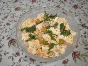 Salát z opečené ryby