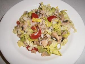 Rýžový salát se žampiony a salátem