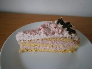 Dílek tavrohového jahodového dortu