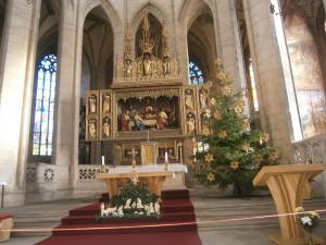 hlavní oltář v Chrámu sv. Barbory