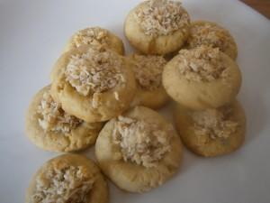 Plněné koláčky kokosem a oříšky