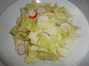 Hlávkový salát s vinaigrette